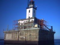 Detour Tour Reef Lighthouse